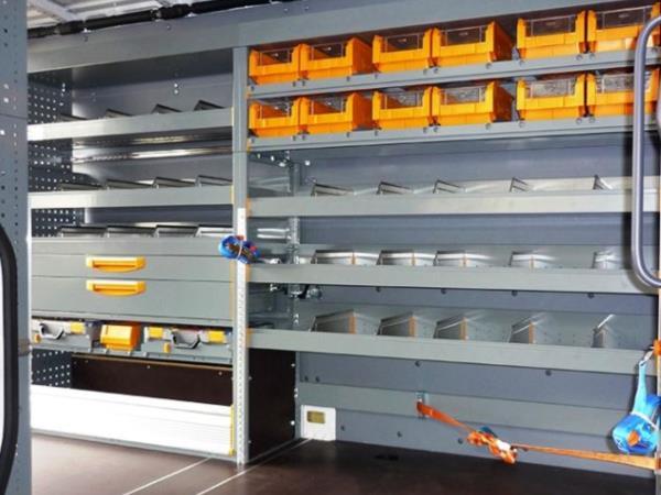 Arredo interno furgoni for Arredamenti commerciali