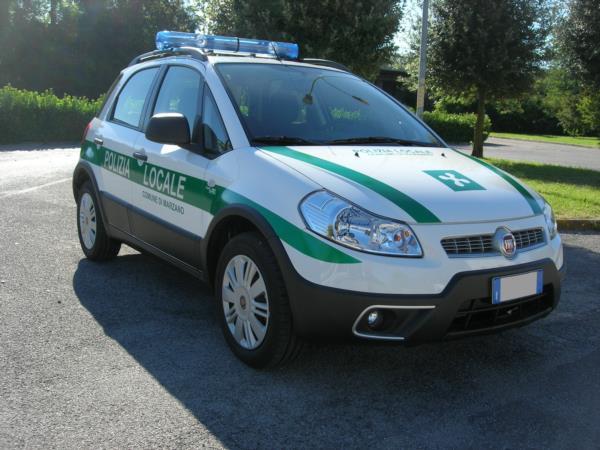 Polizia Locale Fiat sedici