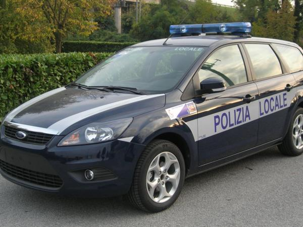Polizia Locale Forf Focus SW 2010