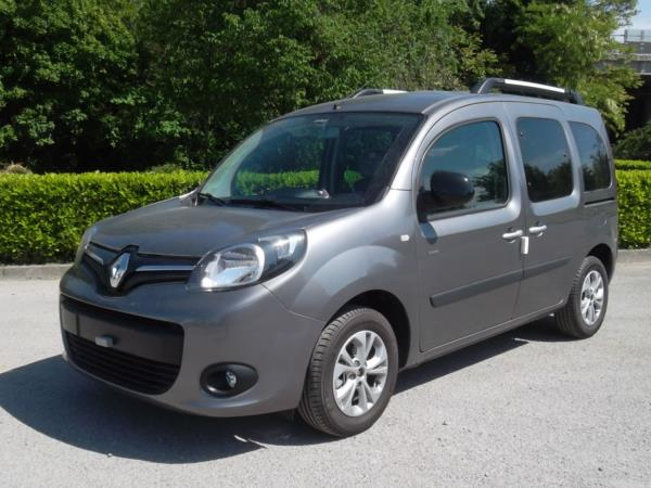 Renault Kankoo con ribassamento pianale