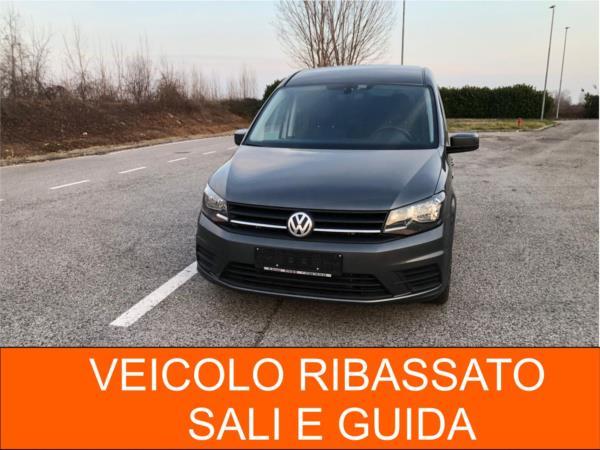 allestimento sali e guida in carrozzina Volkswagen Caddy